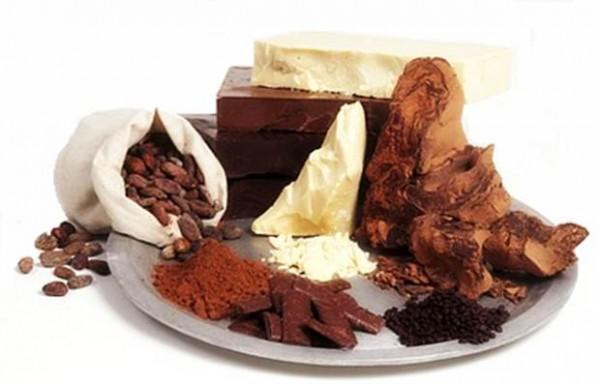 kakao-yağ-ve-karın-çatlakları-bitkisel-çözüm