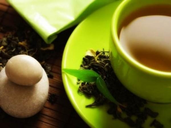 zayıflatan-çaylar-ve-sarımsak-çayının-zayıflatma-etkisi