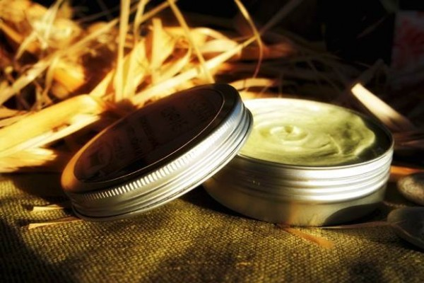 melisa-yağı-faydaları-ve-kullanımı