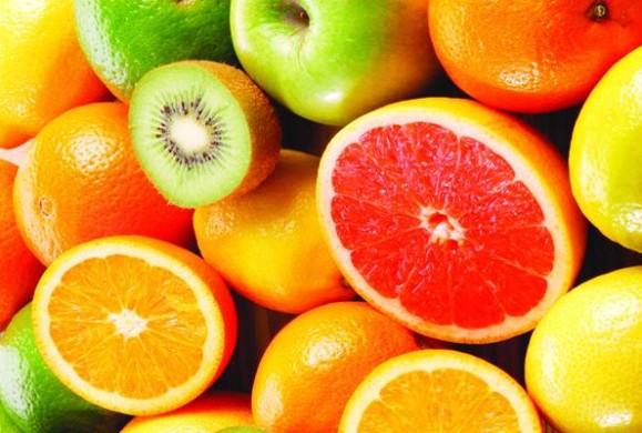 Günde 1 Kilo Verdiren Meyve Diyeti